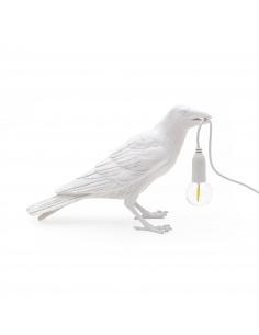 Lampe à poser Bird Lamp Waiting en forme d'oiseau en résine blanc par Seletti