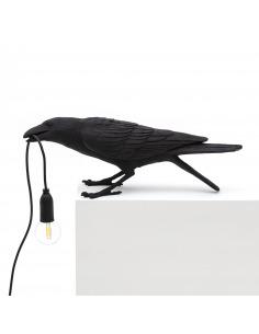 Lampe à poser Bird Lamp Playing en forme d'oiseau en résine noir par Seletti