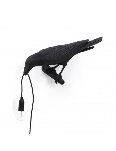 Applique murale Bird Lamp Looking en forme d'oiseau en résine noir par Seletti