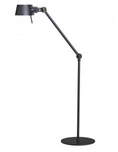 Lampadaire industriel Bolt petit avec un bras articulé par Anton de Groof X Tonone