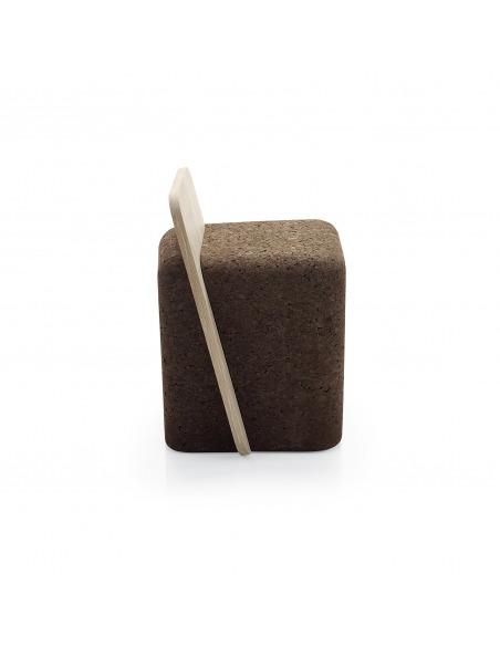 Tabouret design original Cut stool en liège noir et bois