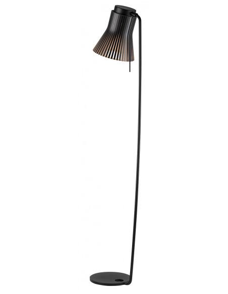 Lampadaire Petite 4610 au design scandinave en bois naturel par Seppo Koho X Secto Design