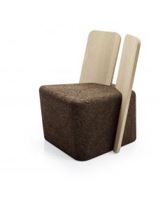 Chaise design original Cut Lounge en liège noir et bois