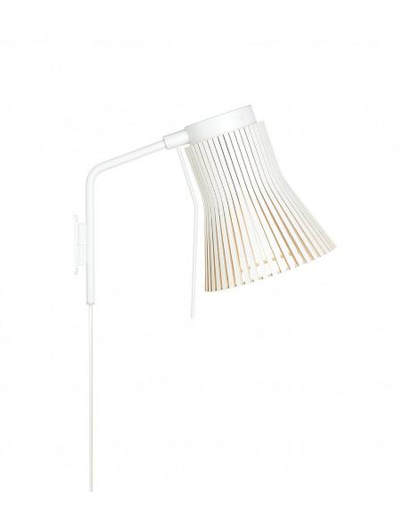 Applique Petite 4630 au design scandinave en bois naturel par Seppo Koho X Secto Design