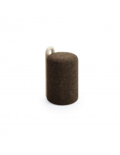 Tabouret design Omega Stool en liège noir naturel et bois