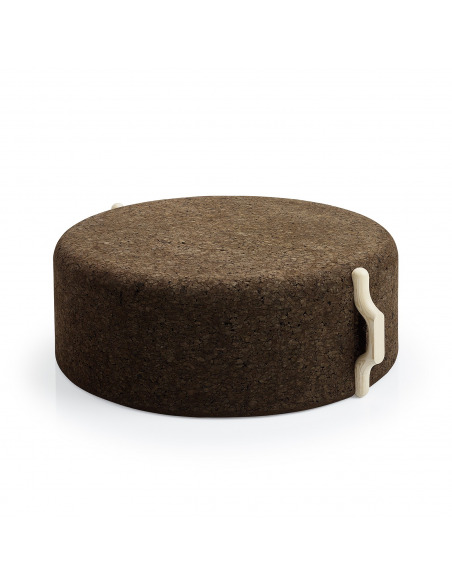 Tabouret design Omega Stool 8 en liège noir naturel et bois