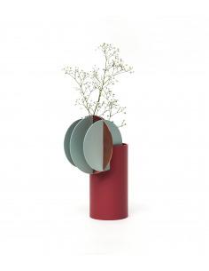 Vase Delaunay CS1 en cuivre et acier peint au design contemporain par Kateryna Sokolova x Noom