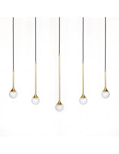 suspension goutte d 39 eau bullarum ss 5 en laiton au design chic et l gant. Black Bedroom Furniture Sets. Home Design Ideas
