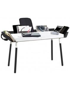 Bureau My Writing 2 en bois par Inesa Malafej au design scandinave