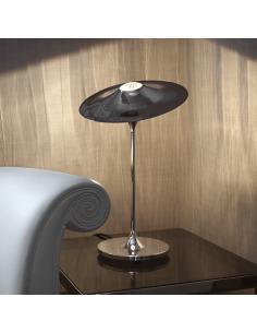 Lampe à poser design Skew chrome au design chic et élégant