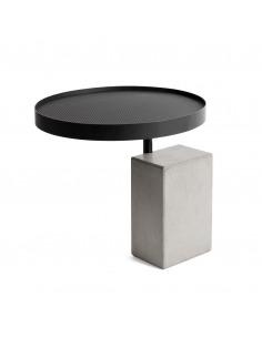 Table d'appoint Twist avec plateau en béton et piètement métal laqué noir au style industriel par Lyon Beton