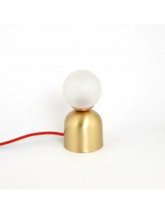 Lampe à poser design Bonbon en laiton au design chic et élégant