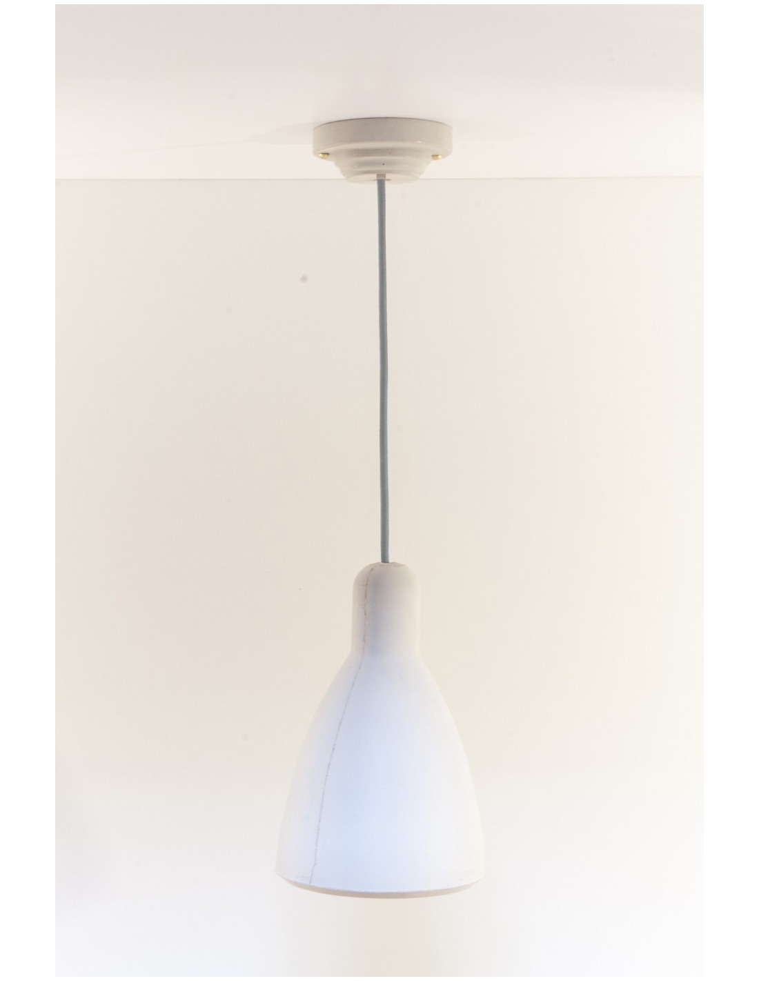 Suspension Design En B Ton Blanc Model 1 Par Seenlight Style Industriel Otoko