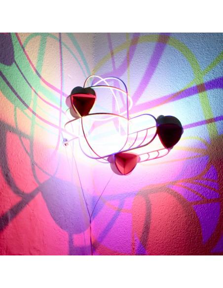 Applique murale artistique au design 3D CMYK Corner par le Studio Dennis Parren