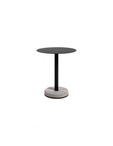 Table de bistro ronde donut avec plateau en aluminium et pied en béton au style industriel par Lyon Beton