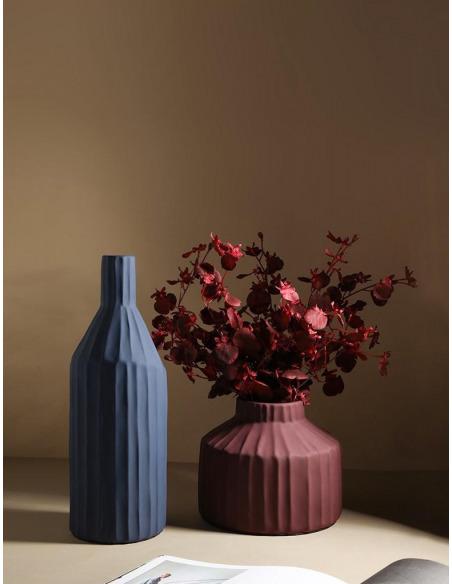 Vase Korinthos bleu en céramique au design vintage par Pavao Studio