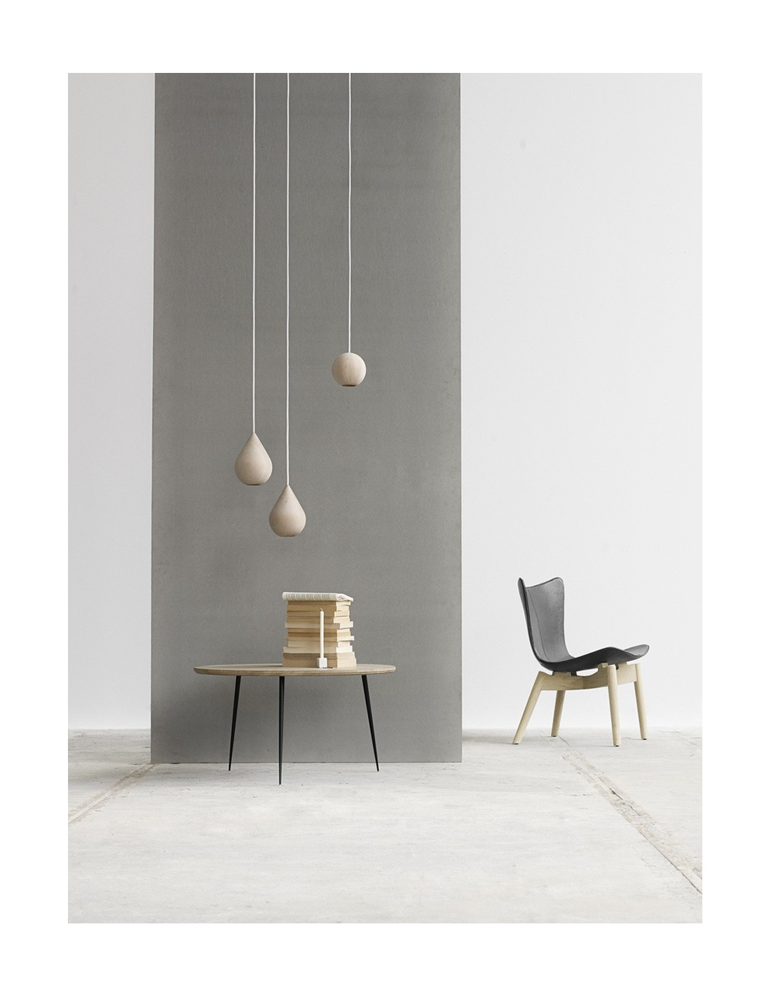 suspension led en bois liuku drop au design scandinave en forme de goutte d 39 eau otoko. Black Bedroom Furniture Sets. Home Design Ideas