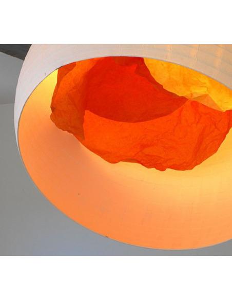 Suspension éco-design coquille d'oeuf en papier japonais par Celine Wright