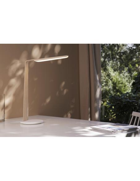 Lampe à poser tactile en bois Led Swan au design scandinave et minimaliste