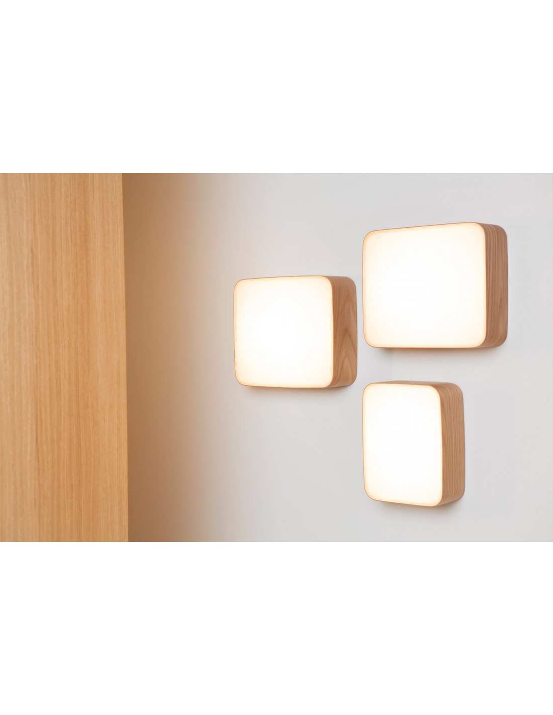 applique murale en bois led cube au design scandinave et