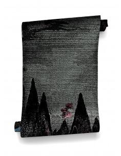 Papier peint design intissé Carpates - déco mystique et sombre prêt-à-poser