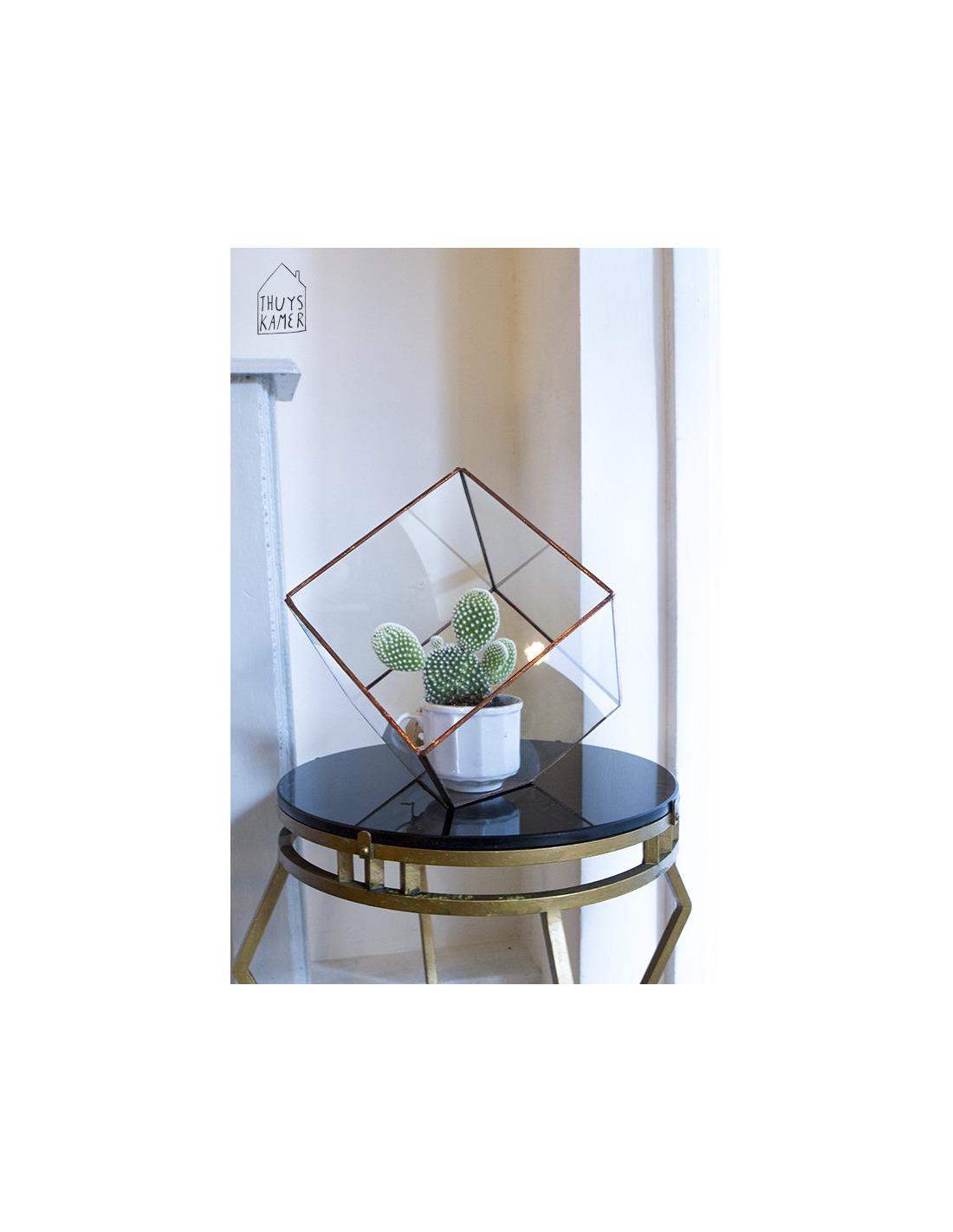Cube de d coration g om trique cube au design minimaliste for Architecture geometrique