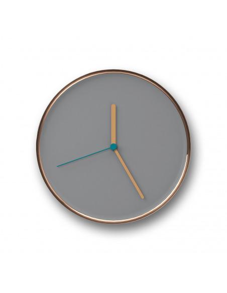 Horloge murale design et intemporelle Thin cuivre en acier par Lena Billmeier & David Baur