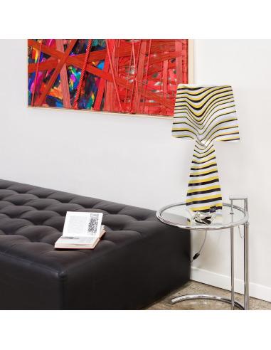 lampe poser la solare en pvc au design contemporain. Black Bedroom Furniture Sets. Home Design Ideas