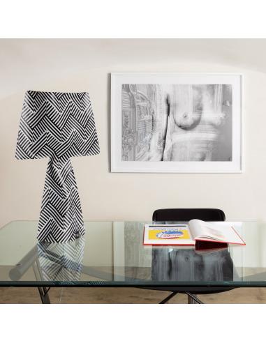 Lampe à poser La retro 2 en PVC au design contemporain