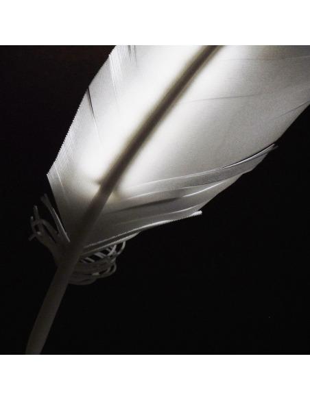 Applique Plüne Led fabriquée avec la technique de l'impression 3D en forme de plume