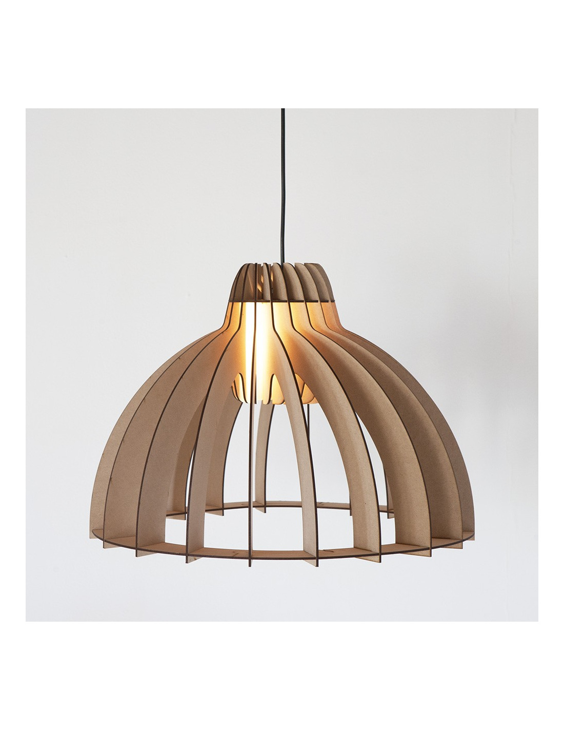 Suspension en bois granny smith d coup au laser au design for Suspension bois
