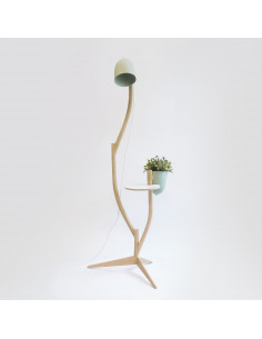 Table lampe Branch-out avec un pot de fleurs par Studio Lorier