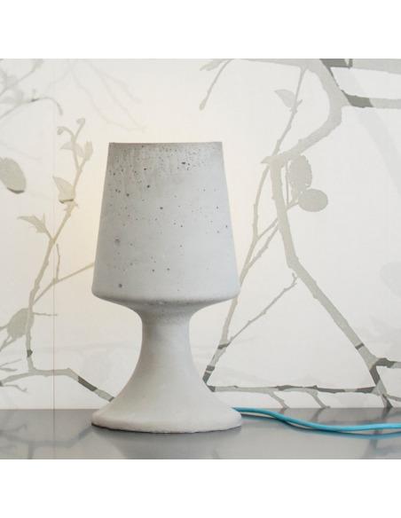 Lampe en béton design Crescent coupée en deux
