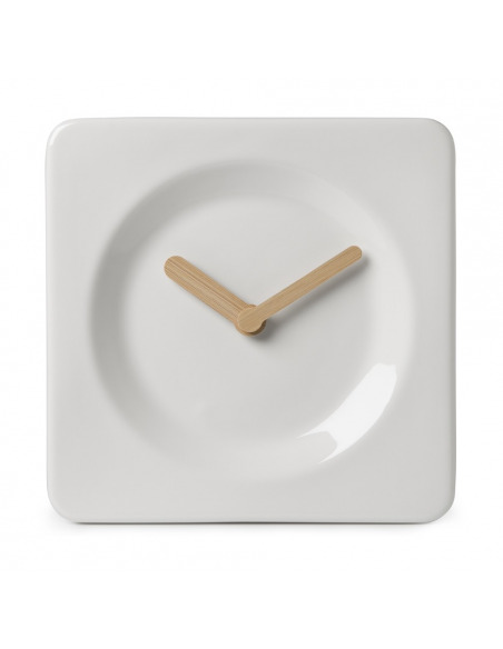 Horloge design Tile en céramique et bambou par Robert Bronwasser