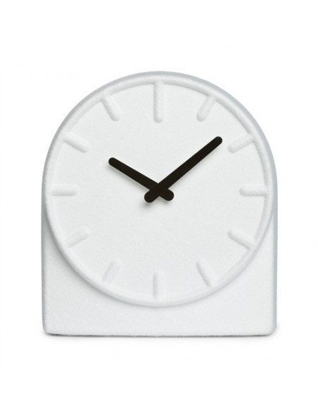 Horloge de table design Felt two blanc par Sebastian Herkner