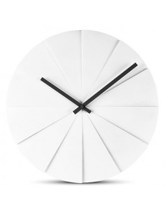 Horloge murale design scope 45 blanc en bois par erwin termaat