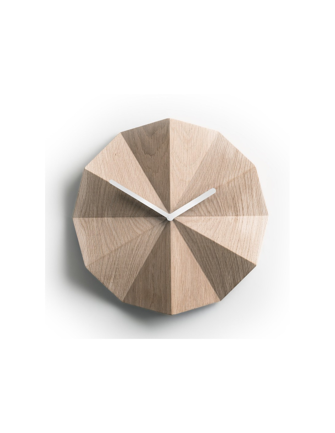 horloge murale minimaliste delta clock en ch ne naturel par lawa design otoko. Black Bedroom Furniture Sets. Home Design Ideas