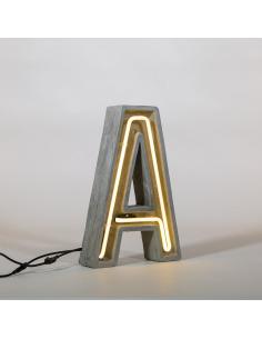 Lampe de table Alphacrete en néon et béton pour un style industriel par Seletti