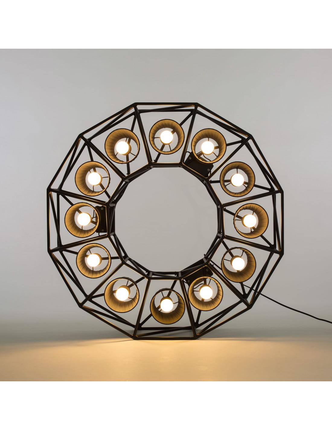 lampadaire multilamp ring au style industriel par seletti. Black Bedroom Furniture Sets. Home Design Ideas
