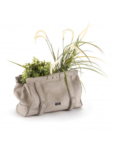 Vase en béton design en forme de sac par Seletti