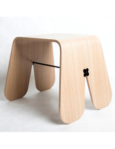 Tabouret minimaliste BUNNY STOOL WOOD par Uan Project en contreplaqué hêtre