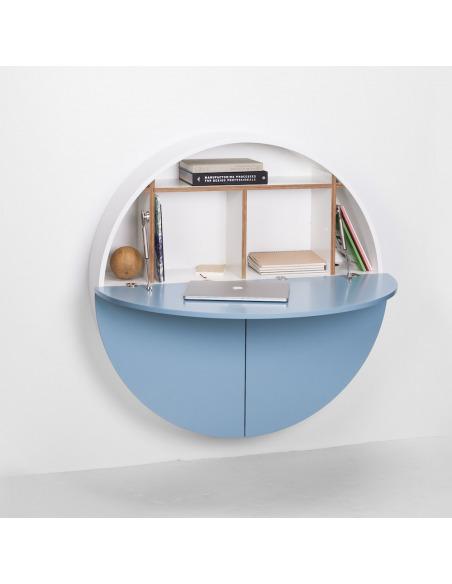Bureau mural Pill bleu en bois par Inesa Malafej au design scandinave