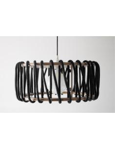 Suspension Macaron 45 cm par Silvia Ceñal en bois et corde