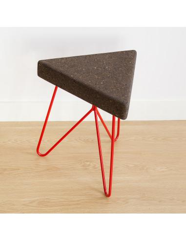 Tabouret design Três en liège par Filipa Mendes & Gustavo Macedo
