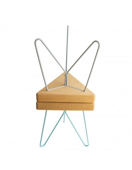 Tabouret design Três en liège clair par Filipa Mendes & Gustavo Macedo