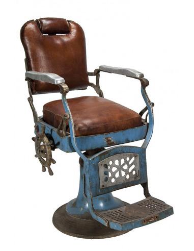 Chaise De Barbier Vintage Avec Assise En Cuir Rembourre Pour La Decoration Despaces Professionnels