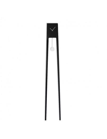 Horloge pendule design TIUKU au design minimaliste par Ari Kanerva X Covo design